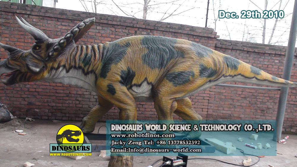 Animatronic Dinosaurs TRICERATOPS