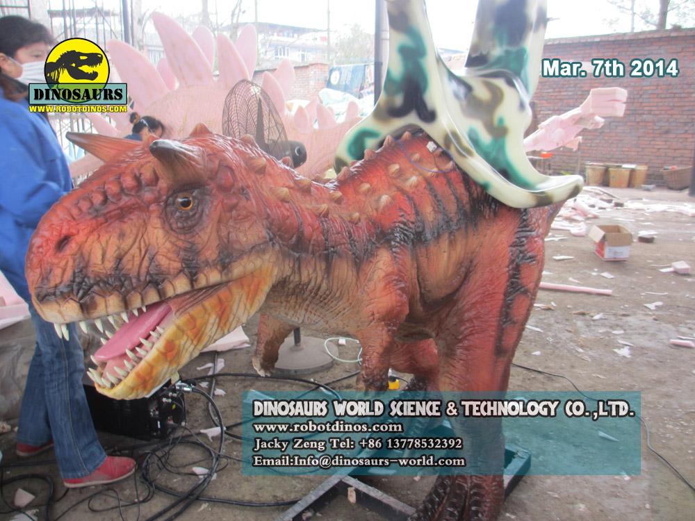 Mehanička vožnja dinosaura