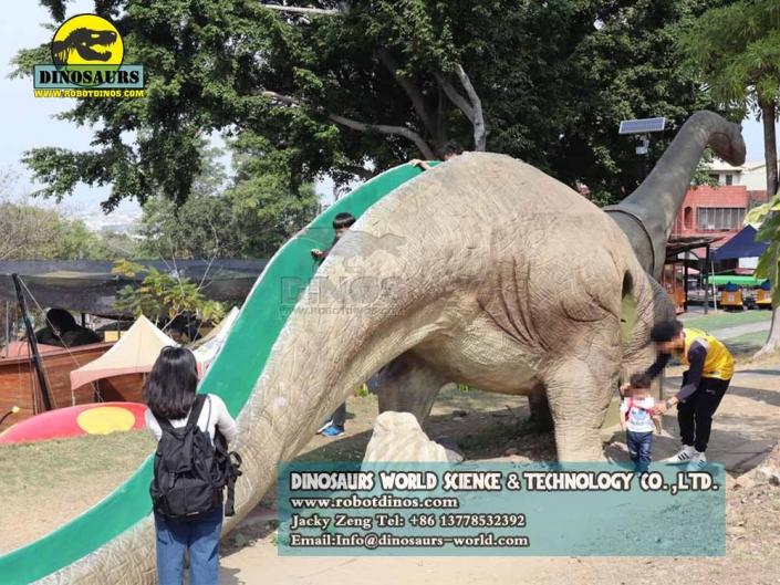 DWE035 dinosaur slide